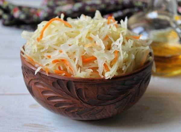 Квашеная капуста на зиму — 10 классических рецептов с морковью, яблоками, клюквой и хреном
