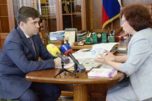 Станислав Воскресенский встретился с омбудсменами региона