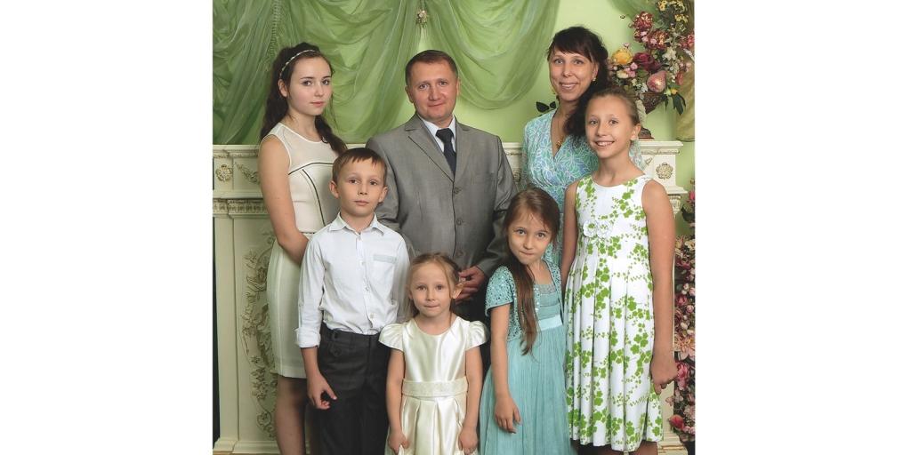 Путин наградил семью из Ивановской области орденом «Родительская слава»
