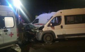 В Иванове маршрутка столкнулась с иномаркой, есть пострадавшие